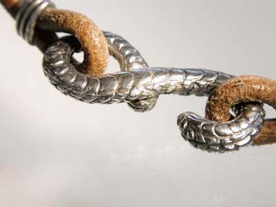 126-3蛇チョーカー